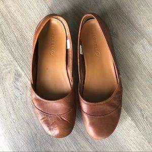 MERRELL • Leather Brown Camel Ballet Flats